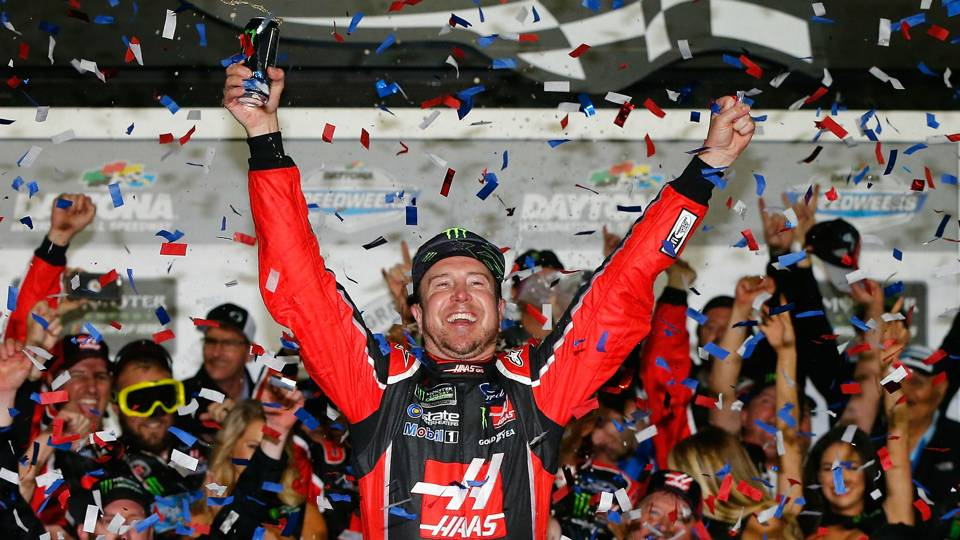 Kurt Busch reportedly leaving Stewart-Haas Racing after season for Chip Ganassi Racing