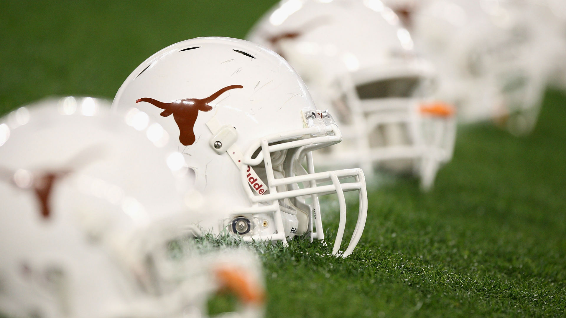 Texas CB Holton Hill suspended for remainder of season