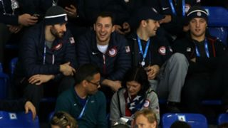 U.S. men's players watch U.S. women's game at 2014 Olympics