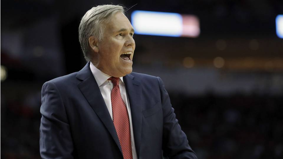 Rockets pick up option on head coach Mike D'Antoni contract, report says