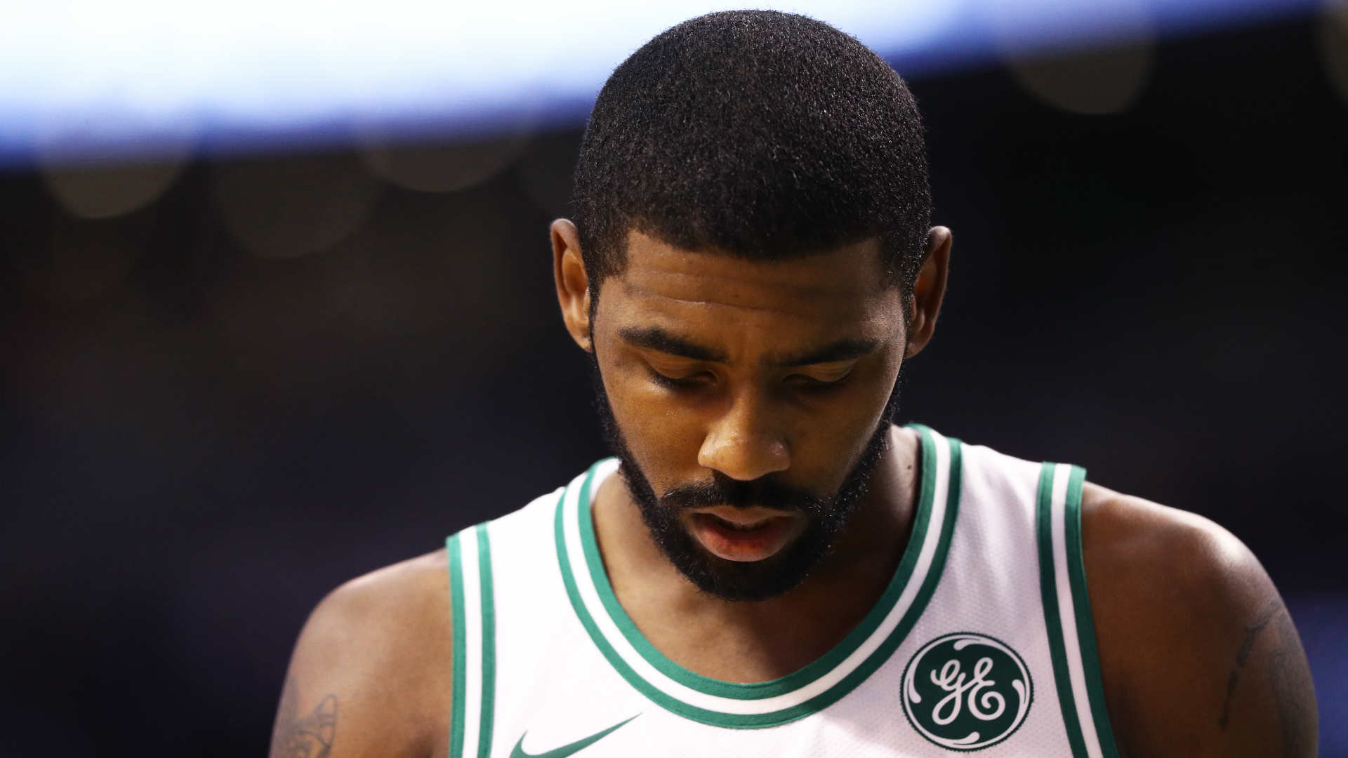 Kyrie Irving doubtful for Sunday's game with 'minor facial fracture'