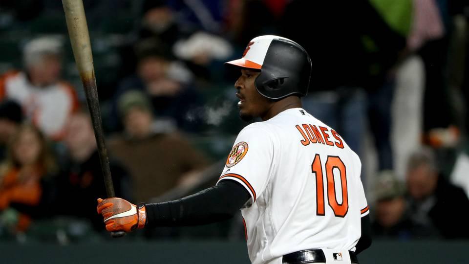 MLB trade rumors: Phillies, Indians looking at Adam Jones