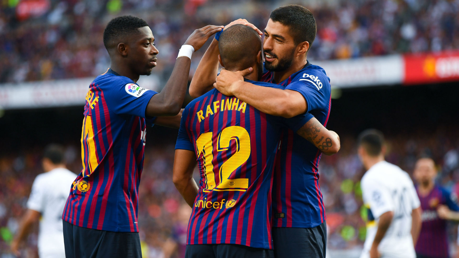 Clever Messi Free Kick Helps Barcelona To Opening Win