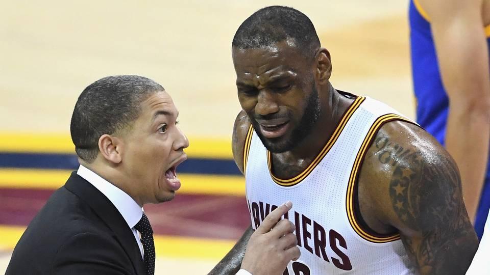 Cavs' Tyronn Lue talks departure of LeBron James: 'He's an irreplaceable player'