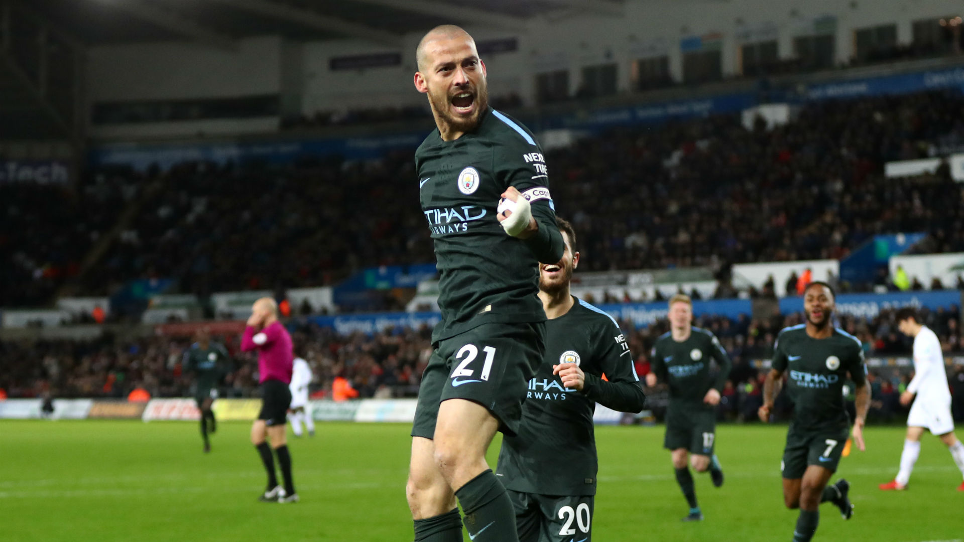 Manchester City in 'frightening' form, Rose says