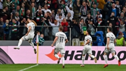 Mahir Emreli was on target as Legia Warsaw edged past Leicester in the Europa League