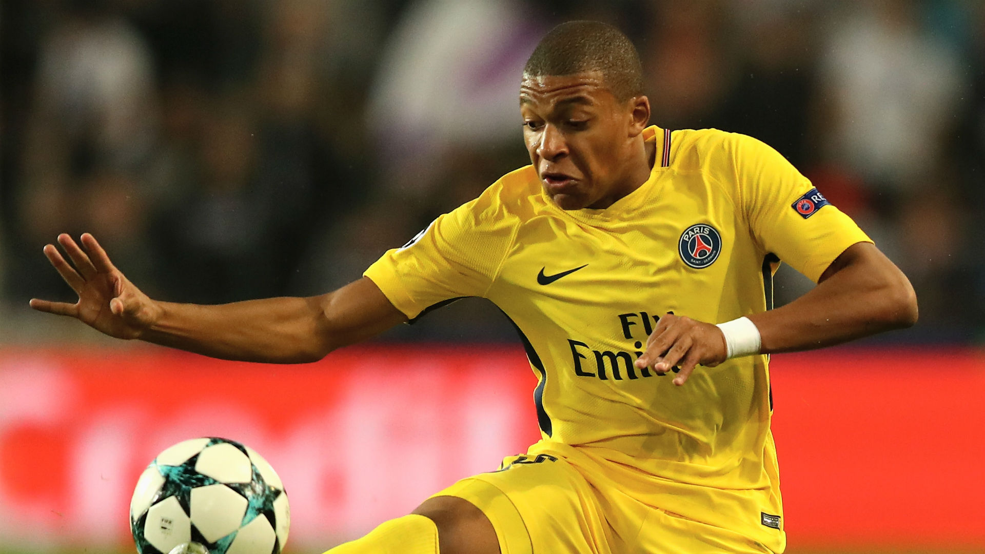 Neymar: I want to be a Messi figure to Kylian Mbappe