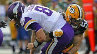 Clay Matthews tackles Kirk Cousins.