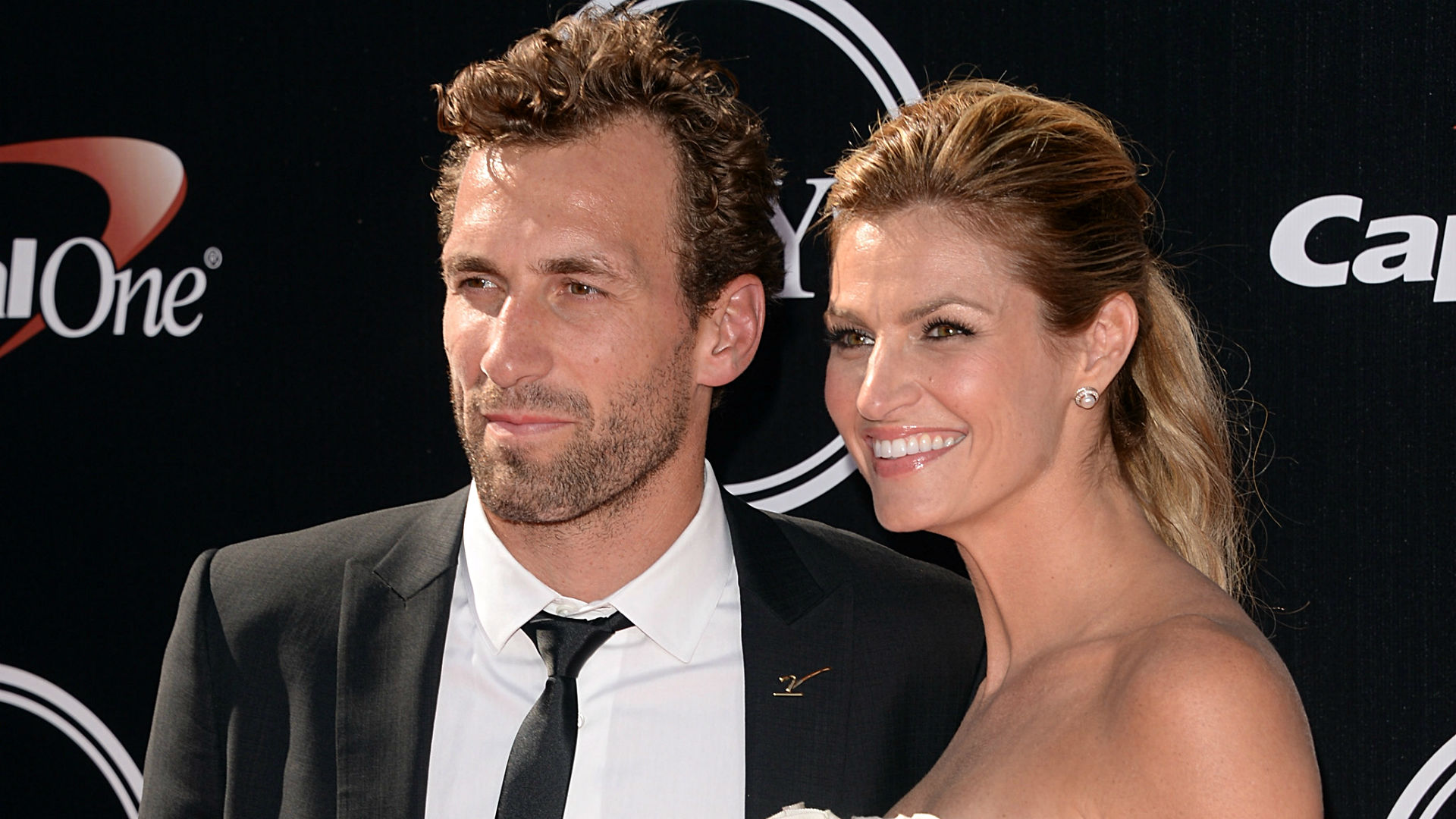 Erin Andrews, ex-NHL player Jarret Stoll get married ...