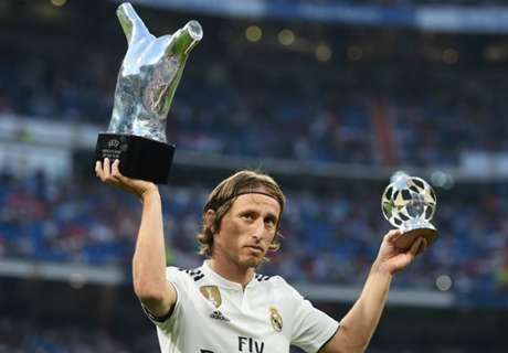 Modric backed for awards by Lopetegui