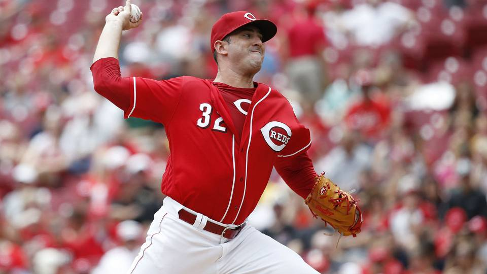 Matt Harvey stays with Reds after Brewers waiver claim