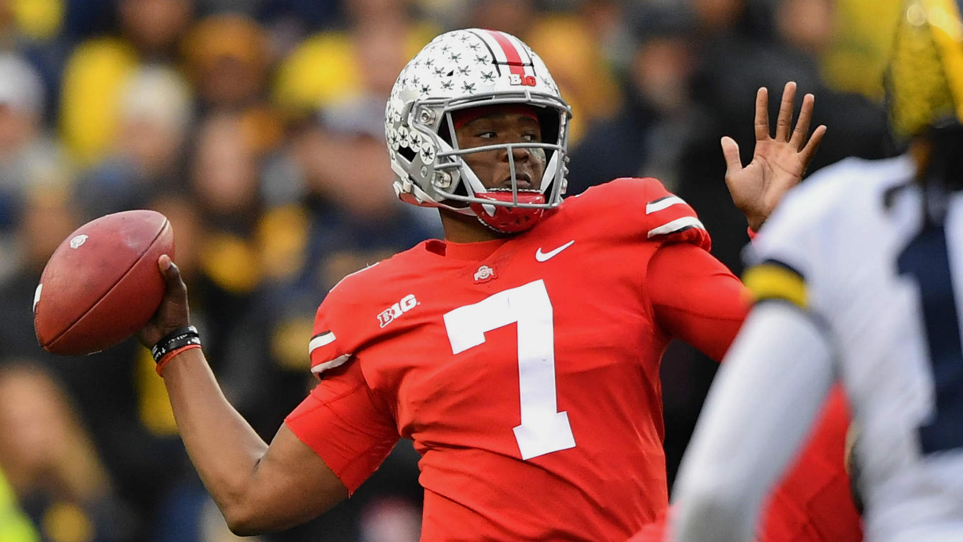 Joe Theismann gives Dwayne Haskins permission to wear No. 7 with Redskins