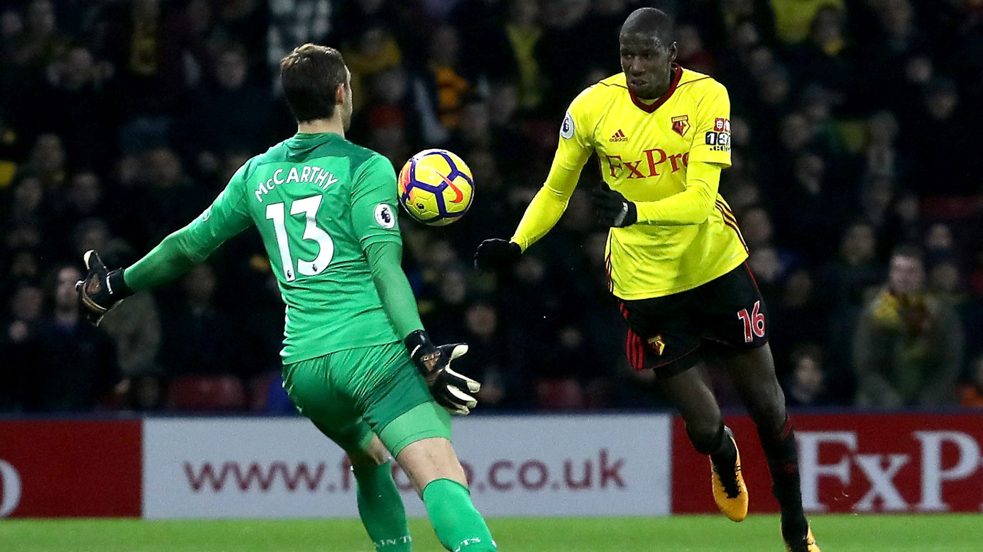 Watford earn late draw with a seeming handball goal