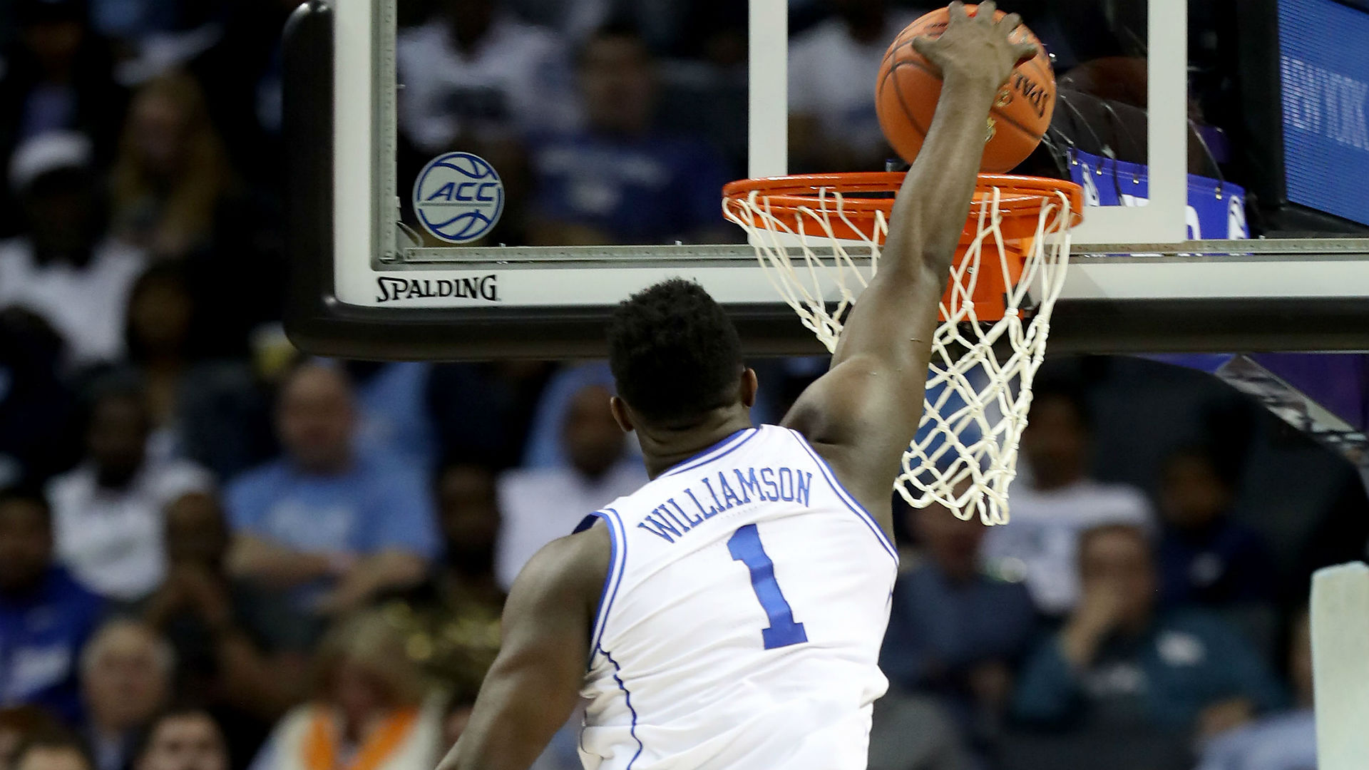 March Madness 2019 Zion Williamson Throws Down Multiple
