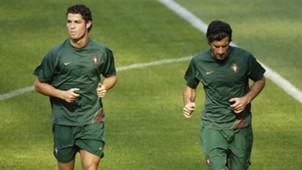 Luis Figo Cristiano Ronaldo - cropped