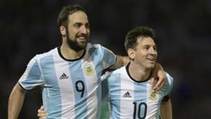 Messi and Higuain - Cropped
