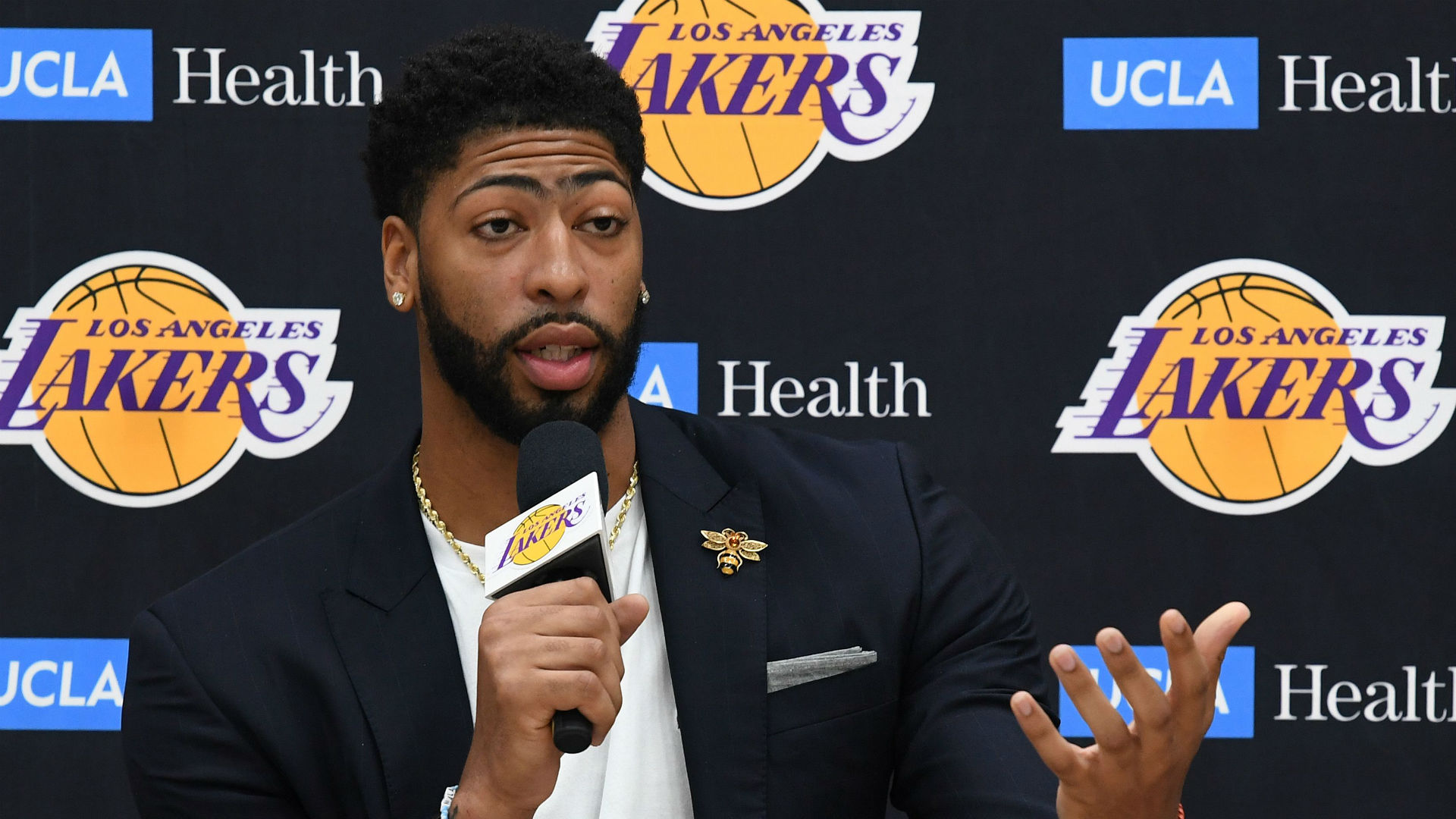 Lakers' Anthony Davis has no regrets on trade request: 'I'm a grown man'