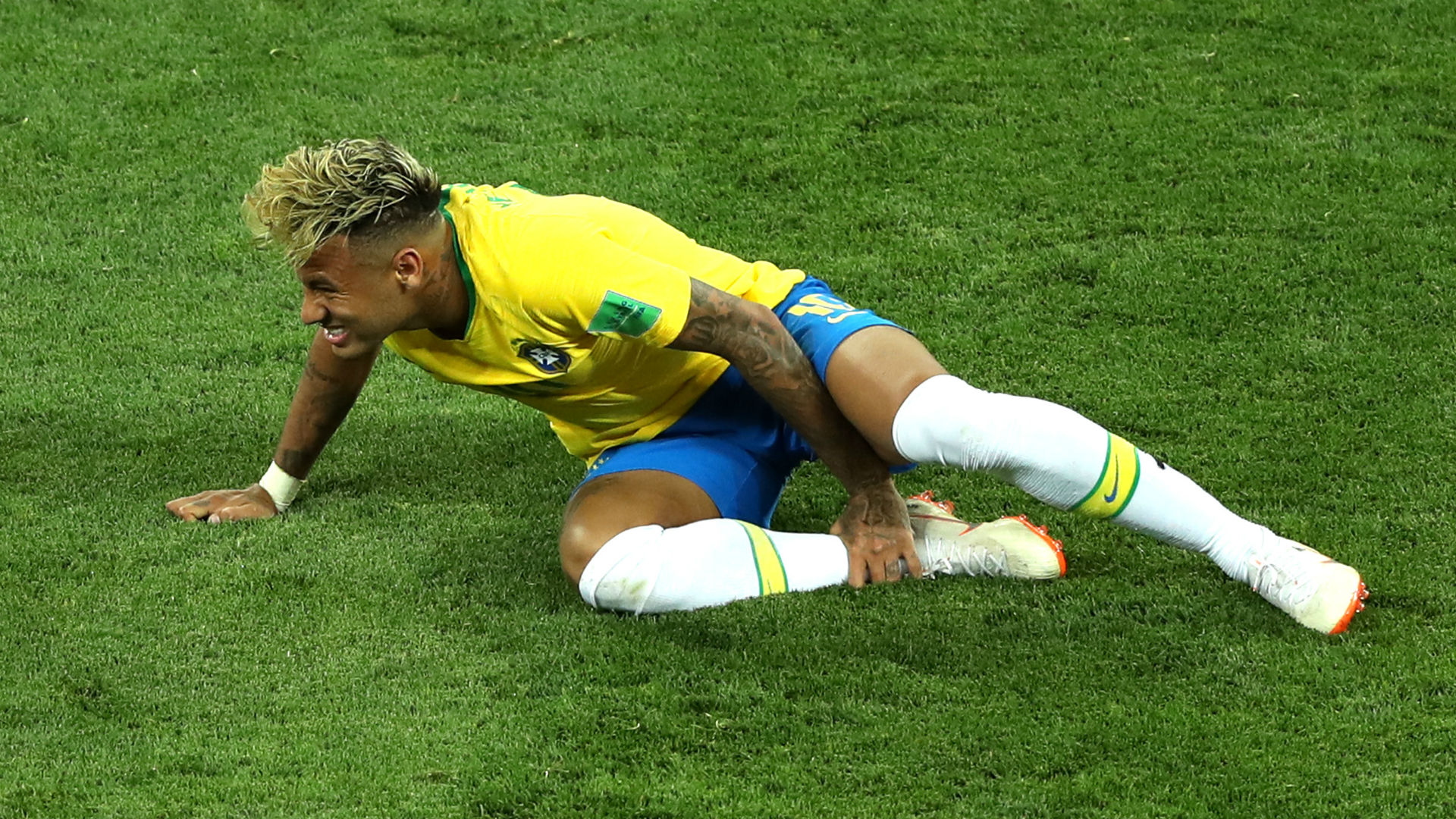 Neymar goes off in tears with injury ahead of Champions League clash
