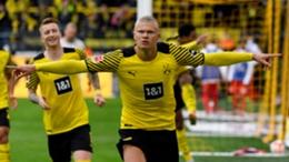 Erling Haaland celebrates scoring for Dortmund against Mainz