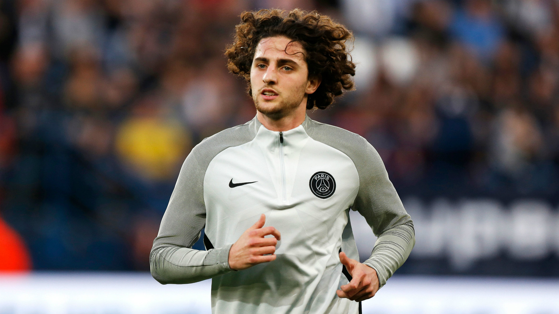 Arsenal 'in hunt for Adrien Rabiot'