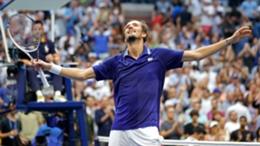 Daniil Medvedev celebrates his US Open win