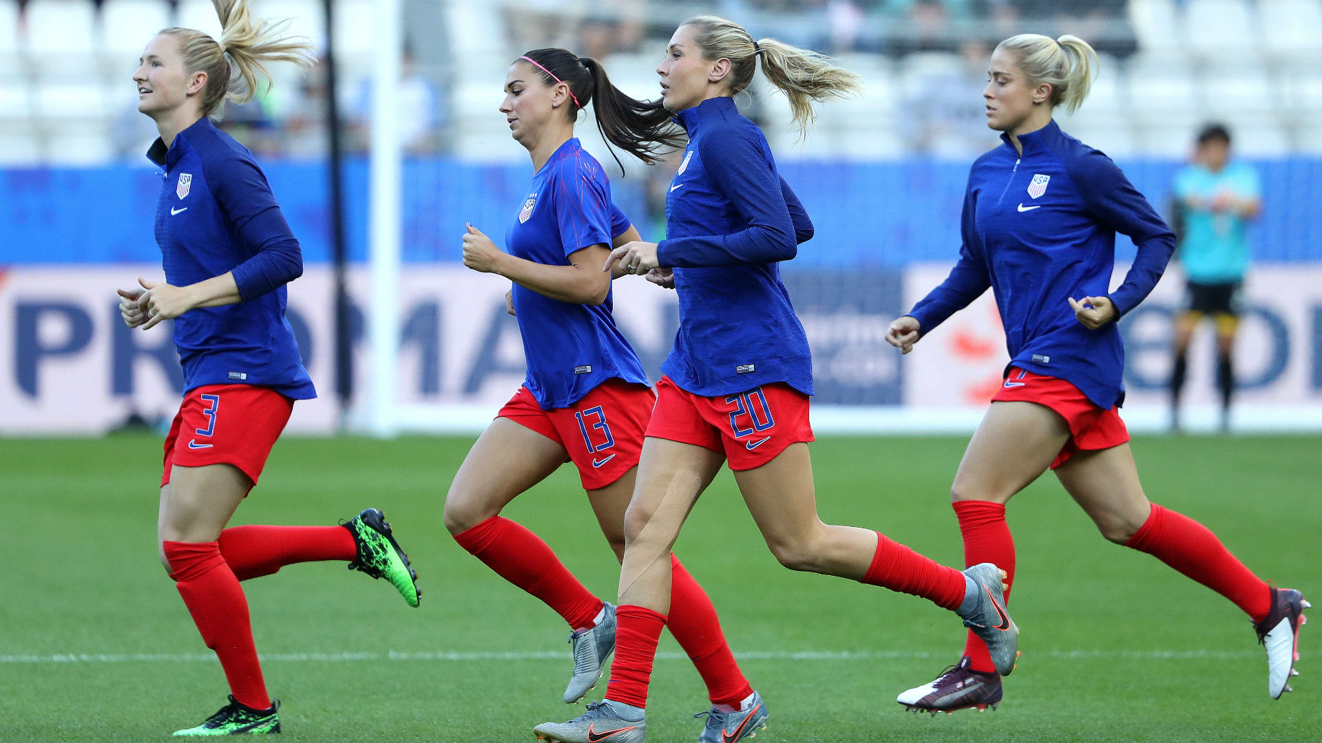 Women's World Cup 2019: Former USWNT players, fans wish USA good luck as first match gets underway