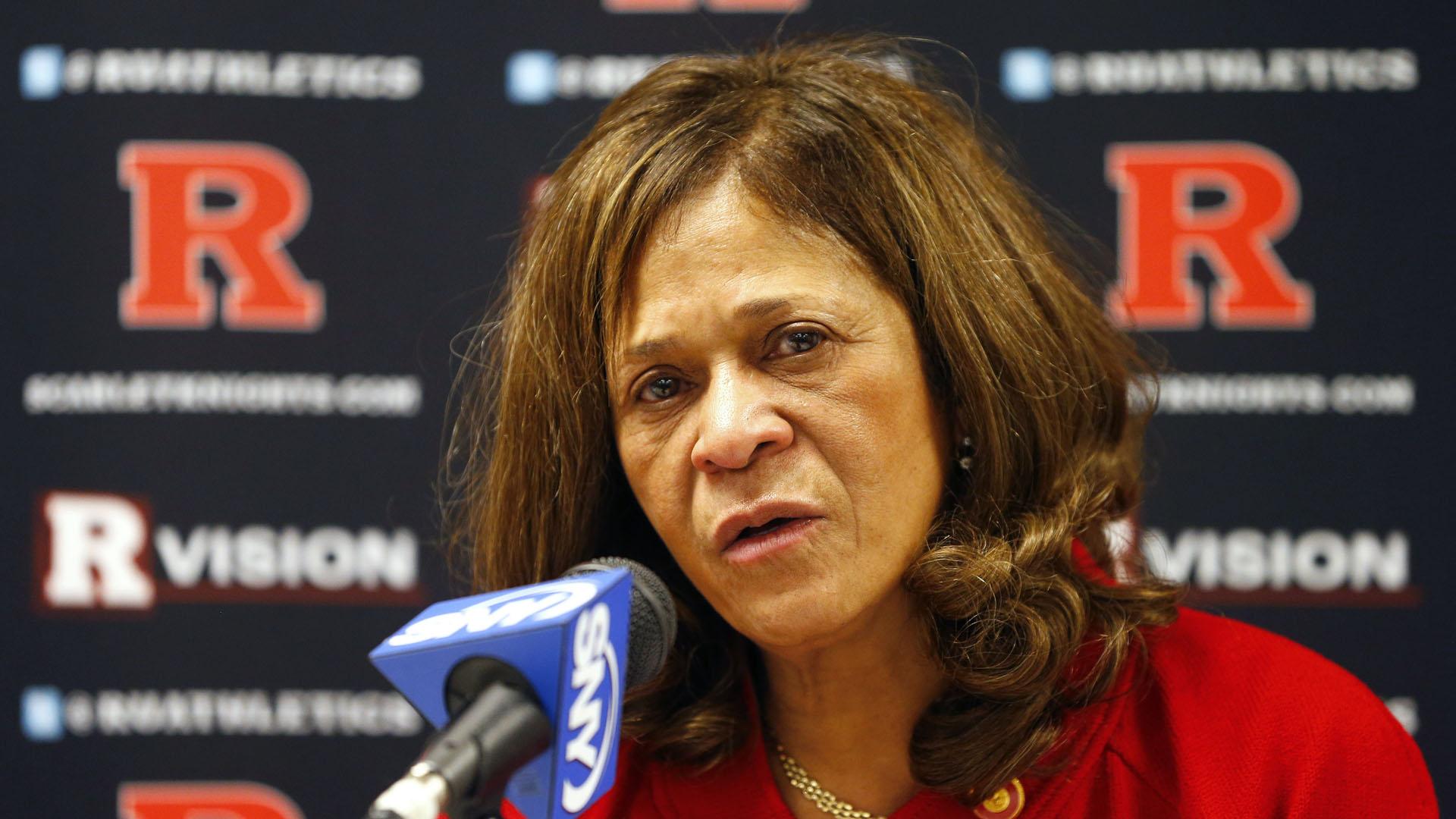 Rutgers C Vivian Stringer Wins 1000th Game Sporting News