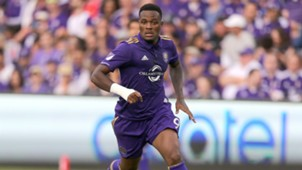 CyleLarin-cropped