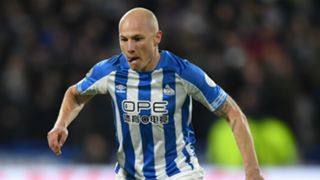 aaronmooy - Cropped