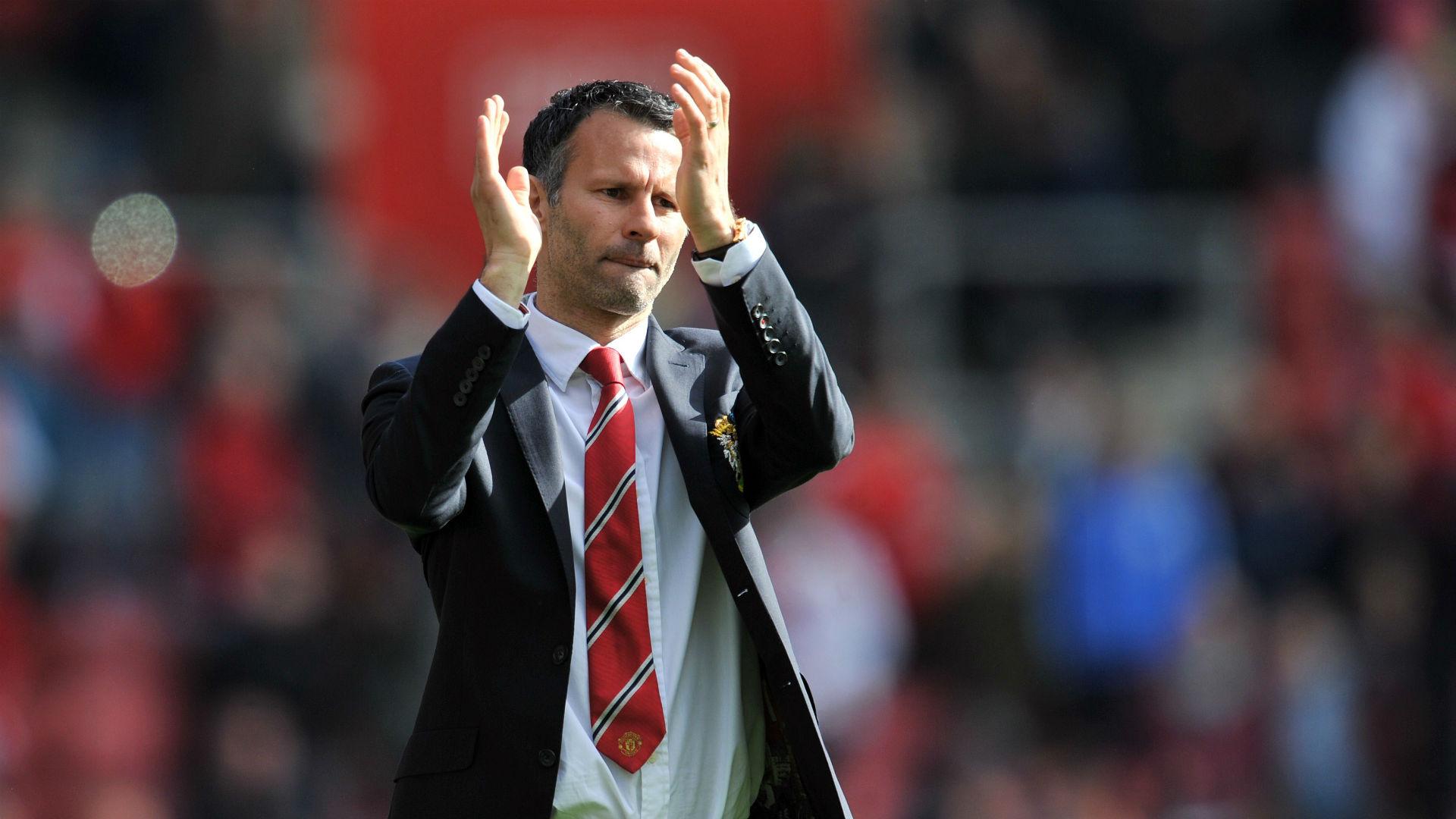 Hughes backs Giggs for Wales job