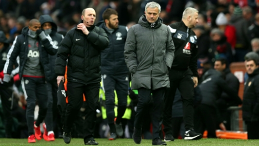 'Old Trafford is not like Portsmouth' - Mourinho has a pop at 'quiet' Man Utd fans