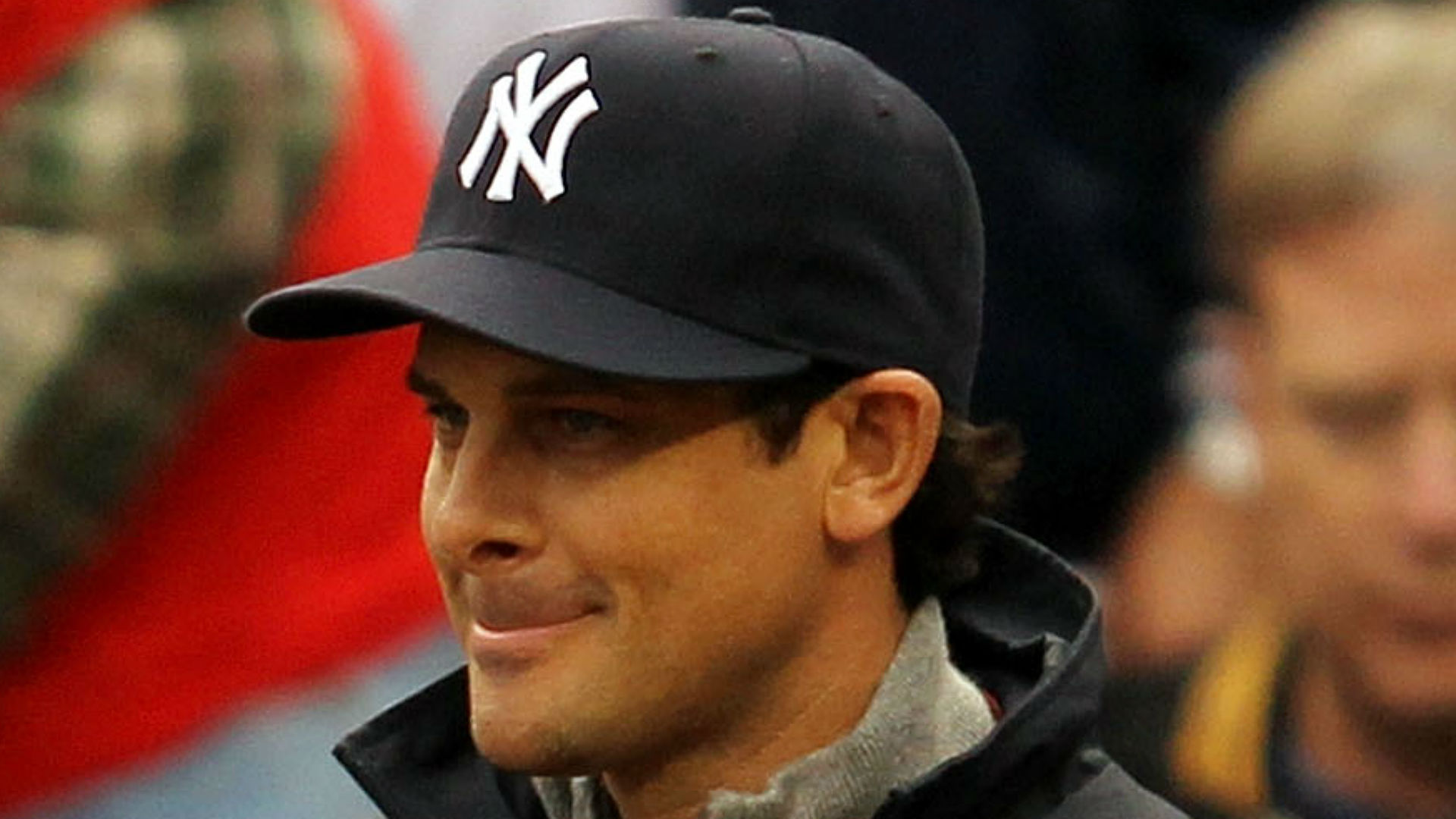 New Yankees manager Aaron Boone tries to distance himself from ALCS Game 7 homer