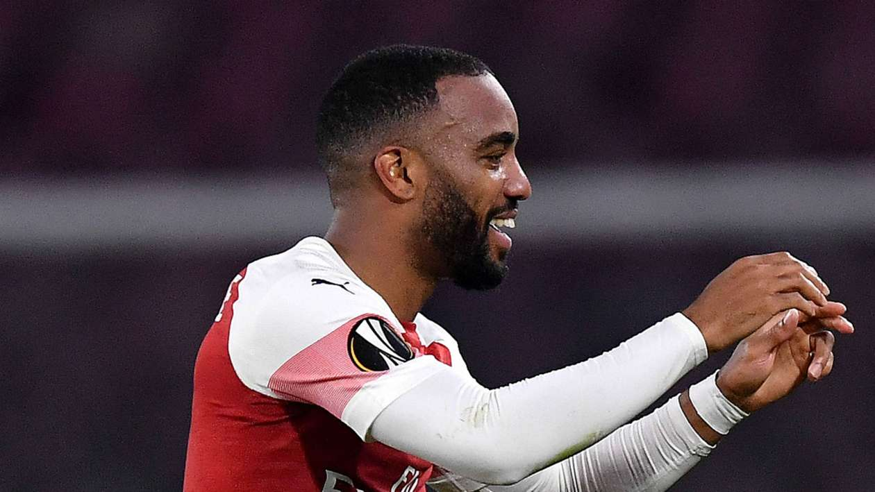 Europa League Report: Napoli 0 Arsenal 1 (0-3 agg) - Lacazette stunner sees Gunners coast through