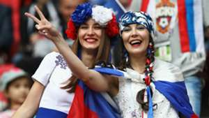 russia fans - cropped