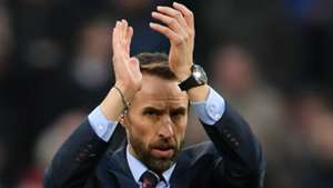 Southgate_applaud_cropped