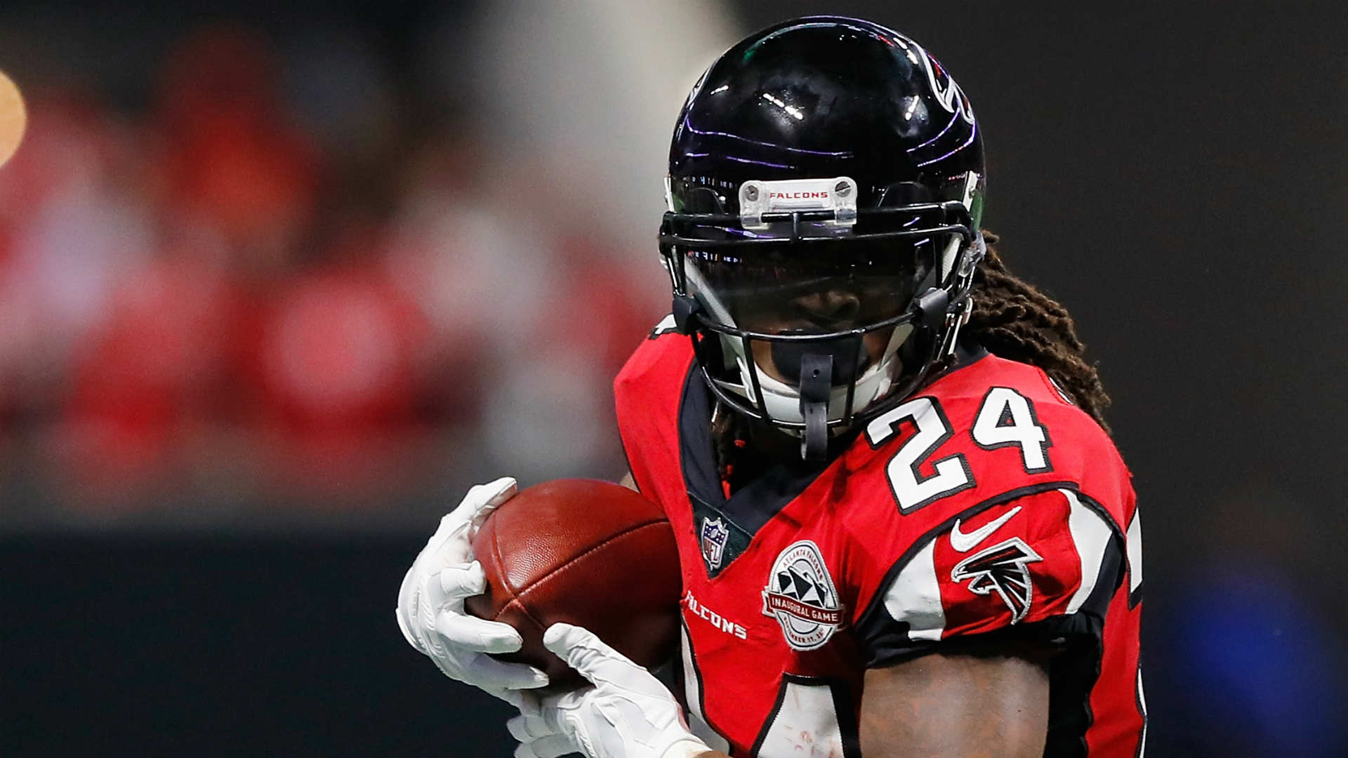 Falcons' Devonta Freeman 'got stronger' from brutal 2018 season