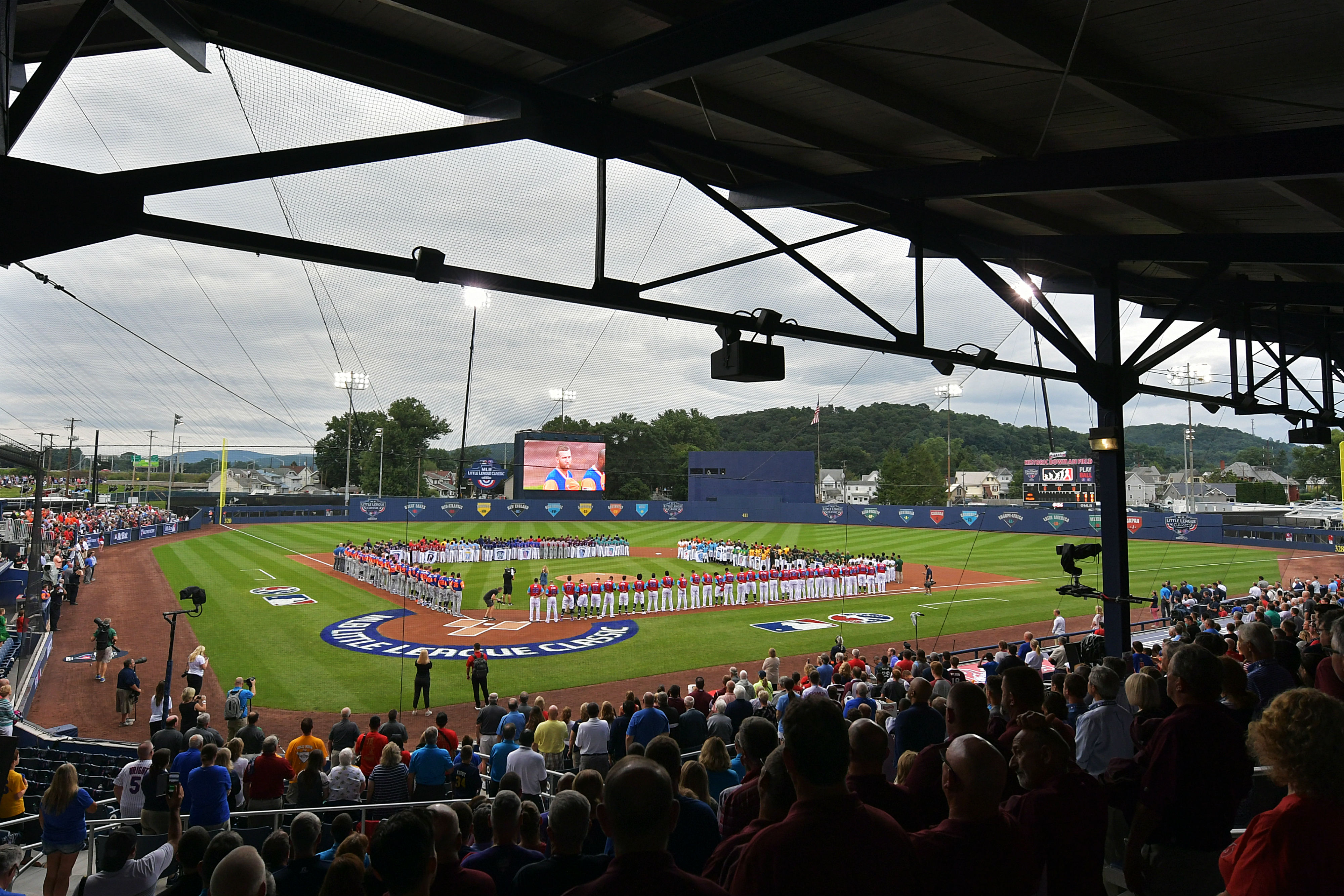 c210b174a Pirates, Cubs to meet in 2019 Little League Classic | Sporting News