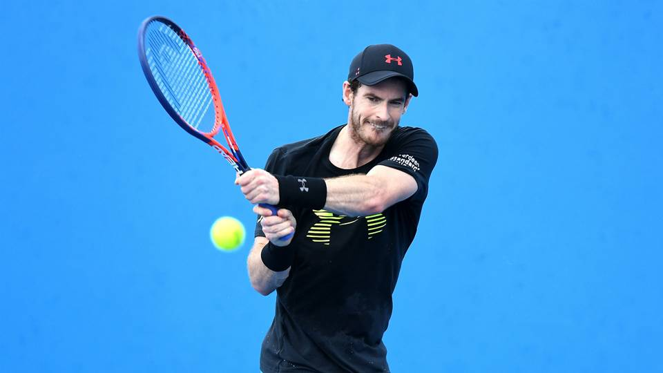 Andy Murray withdraws from Australian Open over lingering hip problem