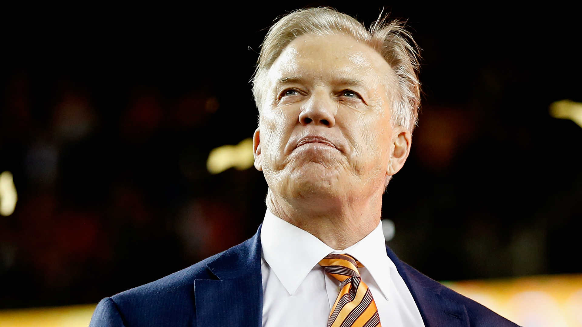 Broncos' John Elway opens up about 15-year battle with debilitating hand condition