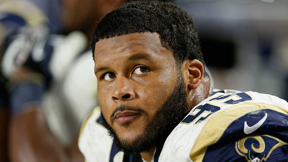 Aaron Donald won't attend start of Rams' voluntary exercises, reports say