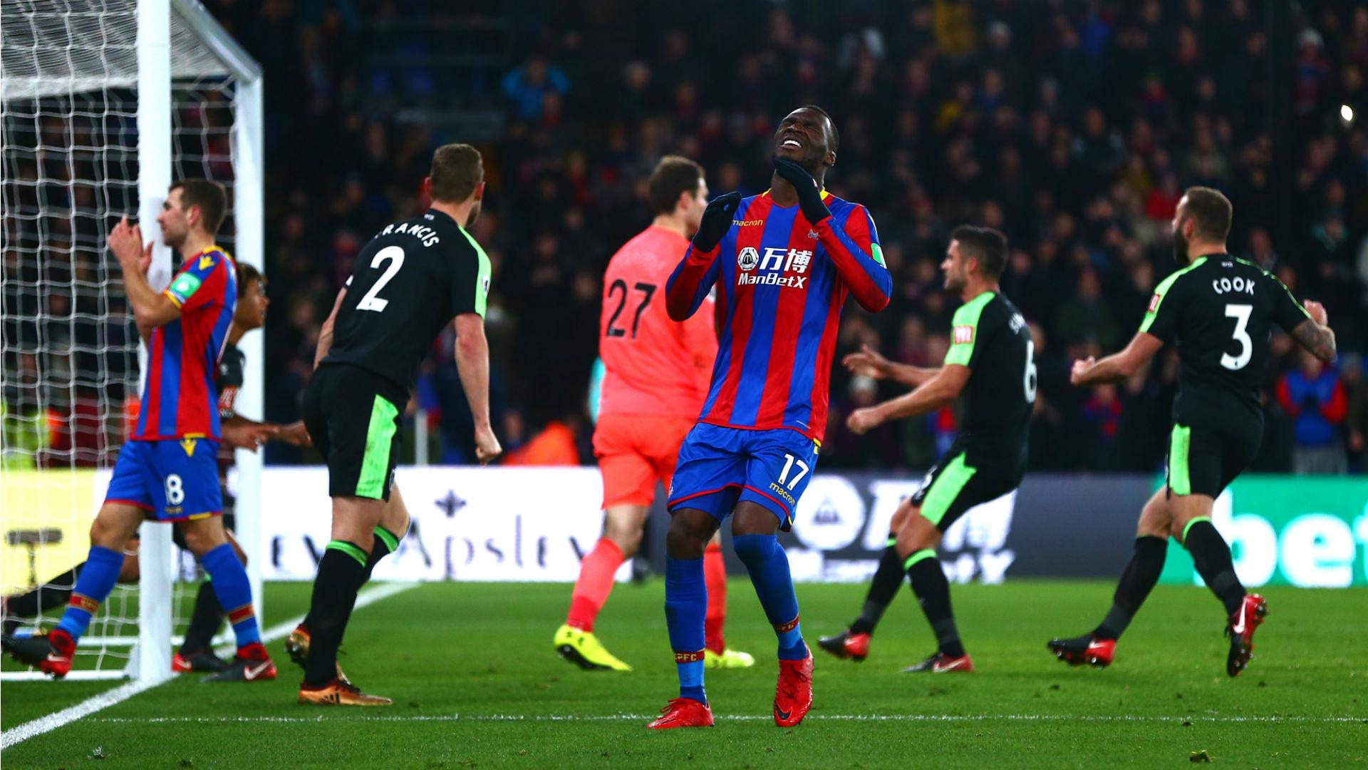 Superb Defoe equaliser gives Bournemouth draw at Palace