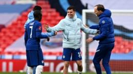 Chelsea celebrate their win with Thomas Tuchel