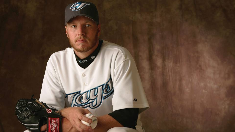 Blue Jays to retire Roy Halladay's number