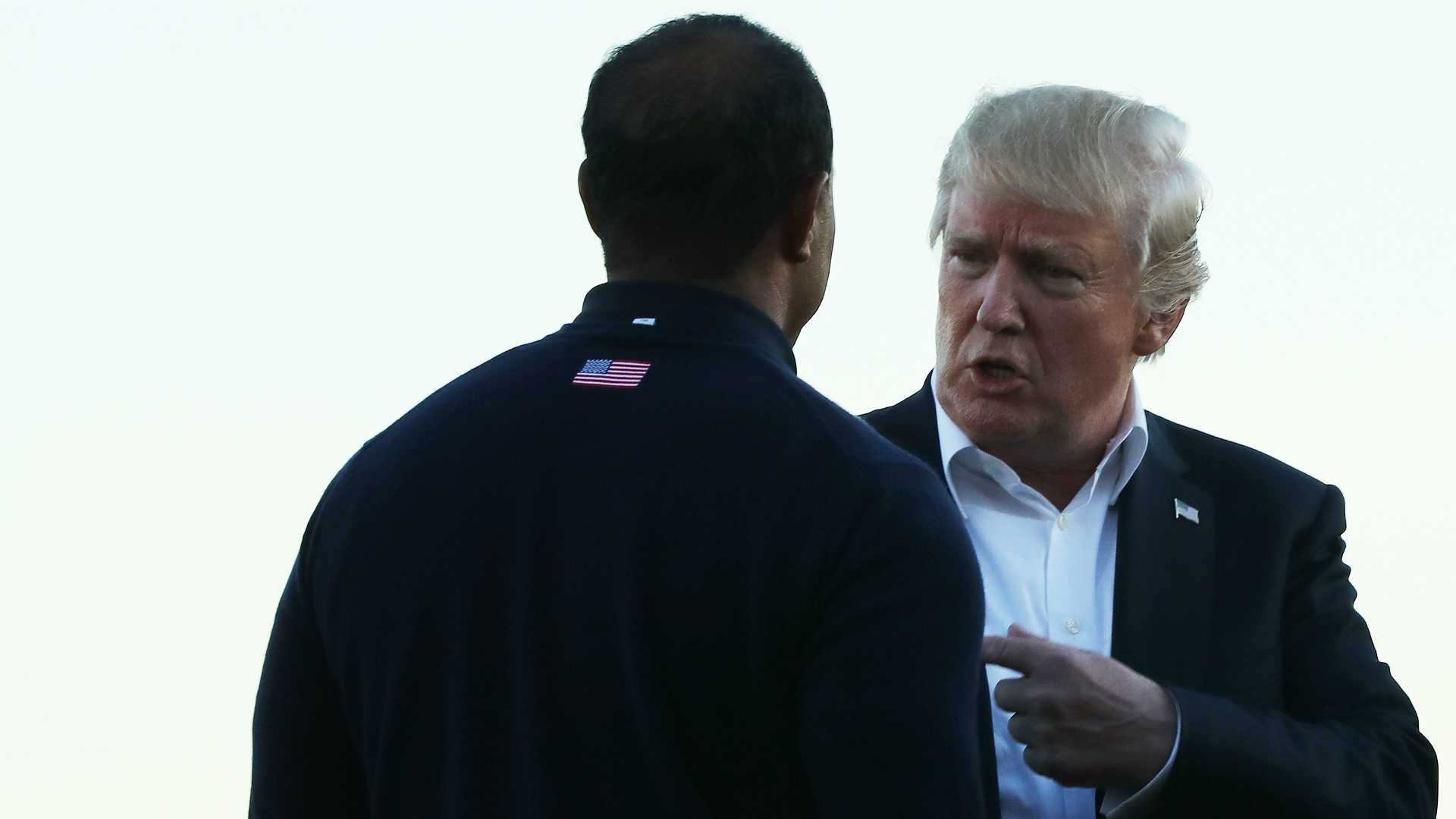 President Donald Trump to 'quickly' golf with Tiger Woods, Dustin Johnson