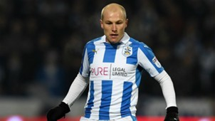 Mooy - Cropped