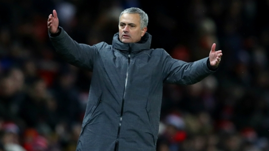 Mourinho cuts off news conference over tunnel bust-up questions