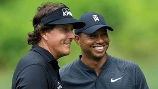 Phil Mickelson Tiger Woods - cropped