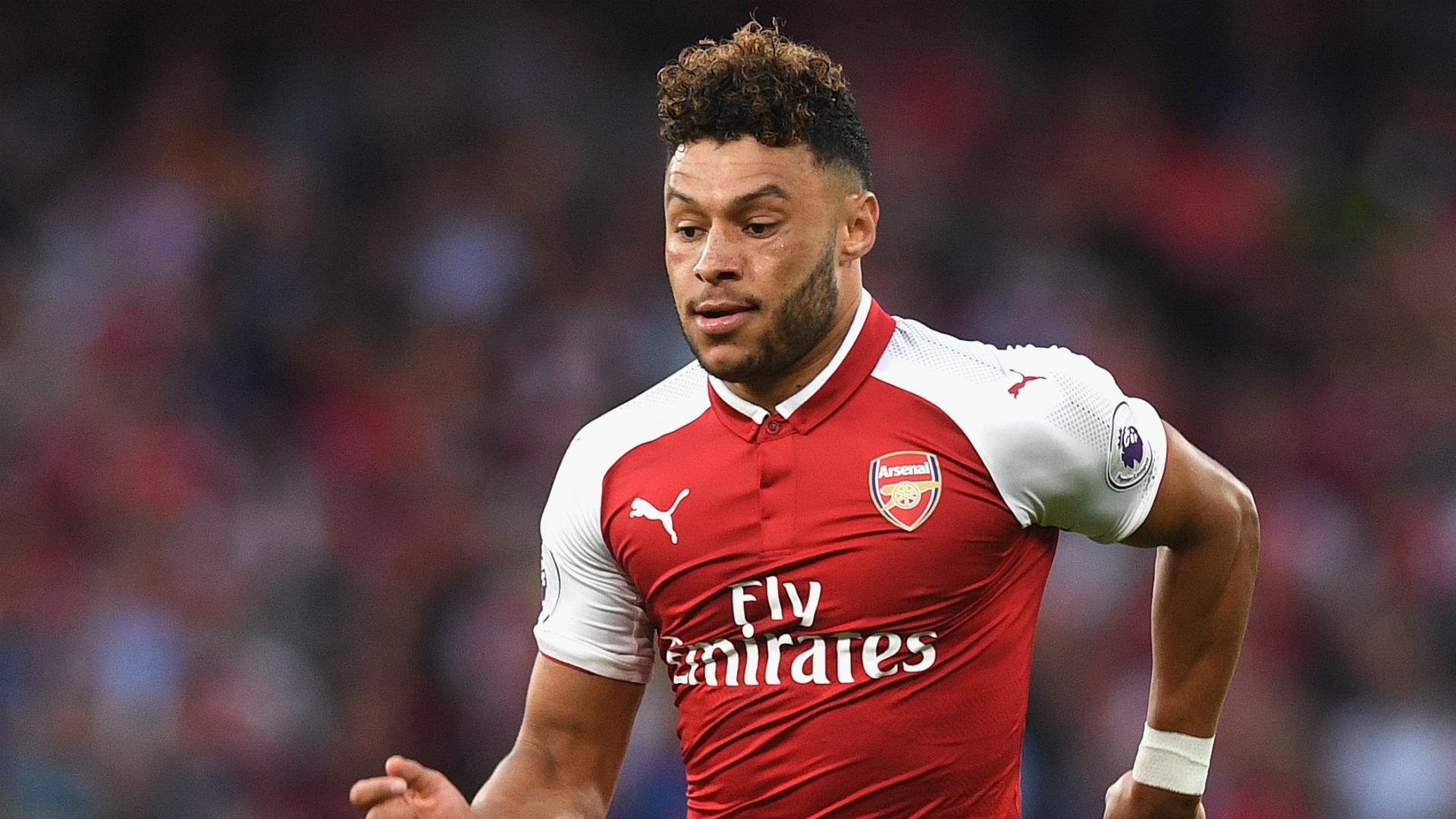 Arsenal must keep Oxlade-Chamberlain - Winterburn