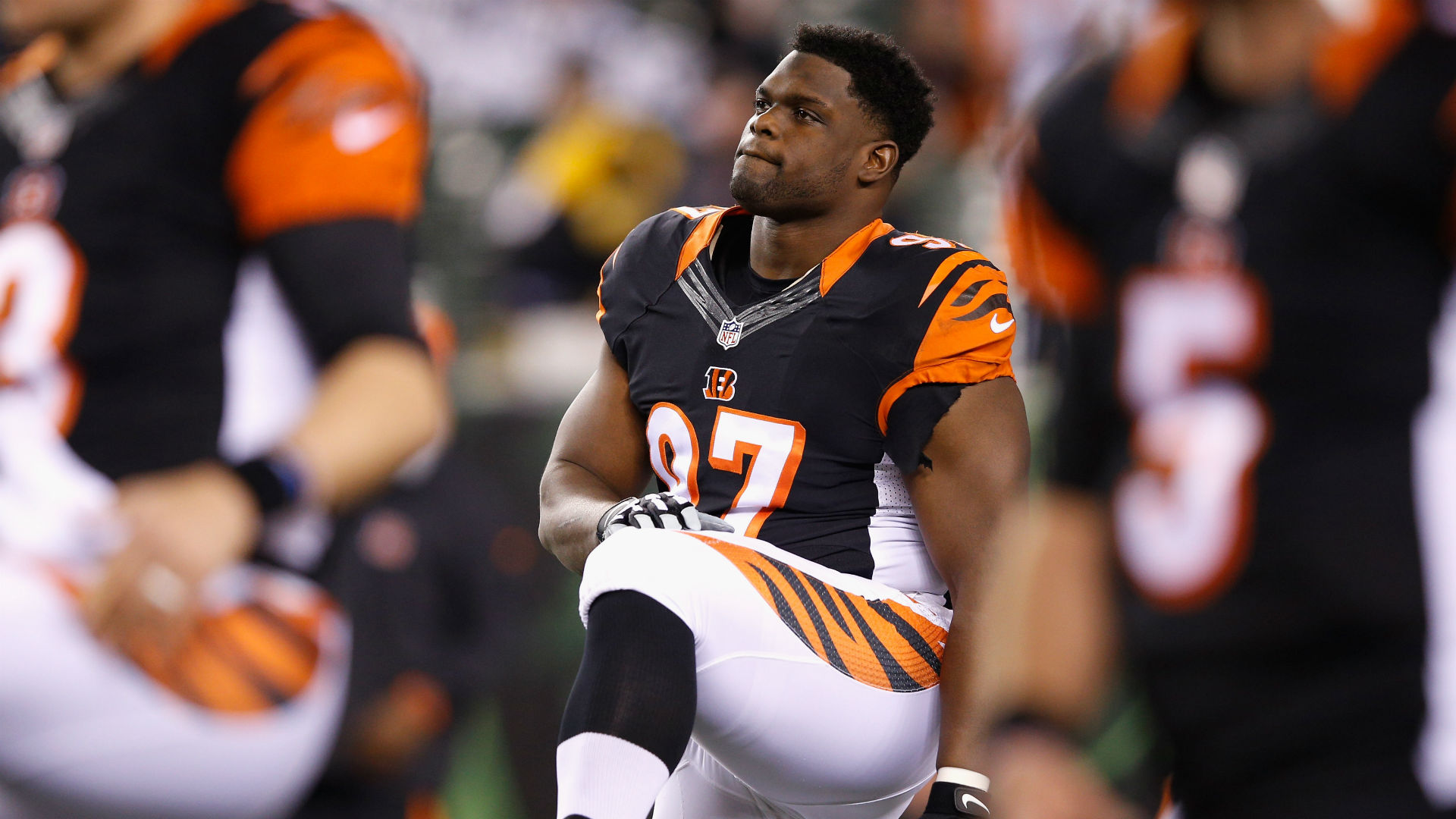 Bengals extend contracts of Geno Atkins and Carlos Dunlap, reports say
