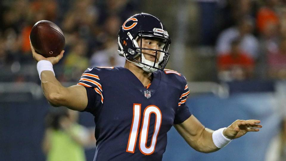 Bears' Kyle Long on Mitchell Trubisky: 'He's someone a lot of guys look up to'